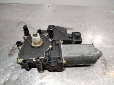 MOTOR ELEVALUNAS DELANTERO DERECHO AUDI A4 BERLINA (B5) 1.9 TDI