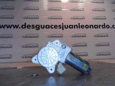 MOTOR ELEVALUNAS DELANTERO IZQUIERDO de MERCEDES-BENZ BM SERIE 209 CLK COUPE 270 CDI (209.316) | 03.02 - 12.05