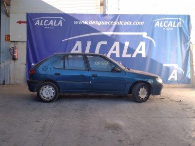 Motor completo audi a4 berlina 8e 2 5 v6 24v tdi 2 5 v6 for Lunghezza audi a4 berlina