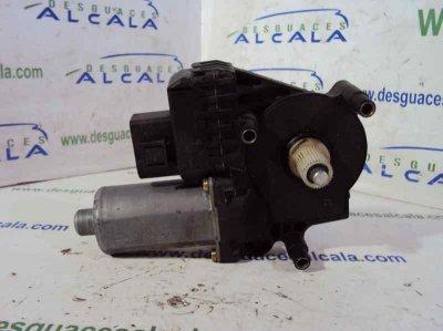 MOTOR ELEVALUNAS DELANTERO IZQUIERDO de AUDI A6 BERLINA (4B2) 1.8 T   |   06.01 - 12.04