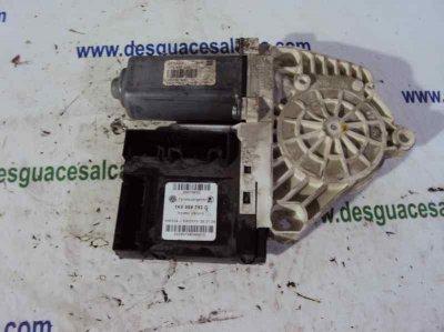 MOTOR ELEVALUNAS DELANTERO IZQUIERDO de SEAT LEON (1P1) Comfort Limited   |   04.07 - ...