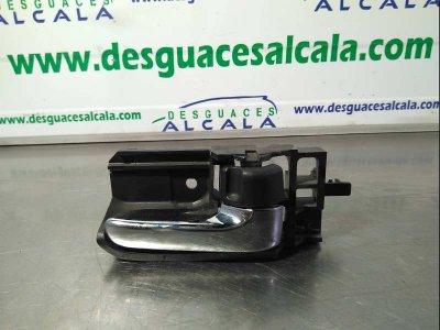MANETA INTERIOR TRASERA DERECHA de TOYOTA COROLLA (E12) 2.0 D-4D Sol Sedán   |   10.01 - ...