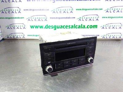 RADIO CD de AUDI A4 BERLINA (8E) 2.0 TDI 16V (103kW)       11.04 - 12.07