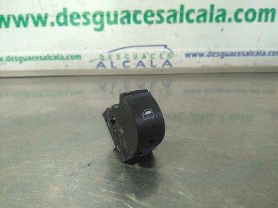 MANDO ELEVALUNAS DELANTERO DERECHO de AUDI A4 BERLINA (8E) 2.0 TDI 16V (103kW)       11.04 - 12.07