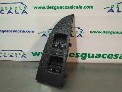 MANDO ELEVALUNAS DELANTERO IZQUIERDO  de SEAT LEON (1P1) Stylance / Style       05.05 - 12.10