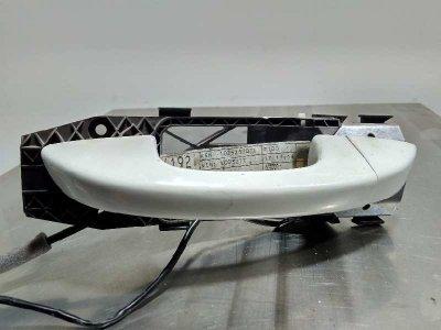 MANETA EXTERIOR DELANTERA IZQUIERDA VOLKSWAGEN SCIROCCO (137) 2.0 TDI by R-Line BlueMotion (103 kW)