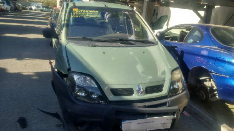 RENAULT SCENIC (JA..) `2001 1.9 DCI Authentique