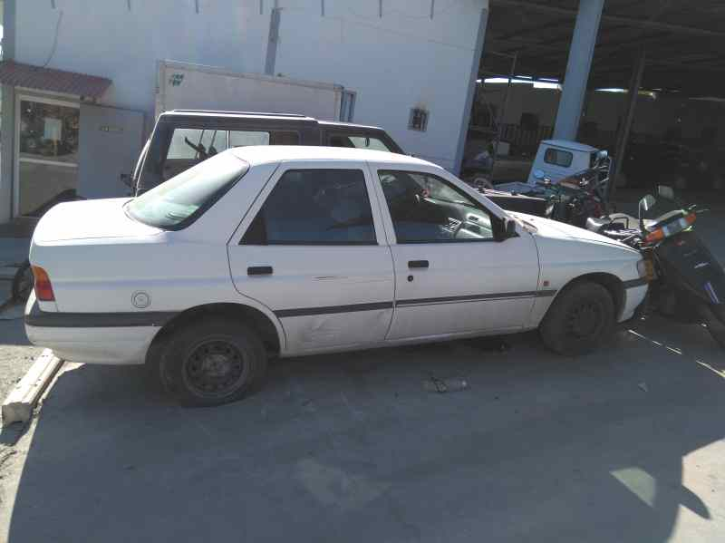 FORD ORION `1991
