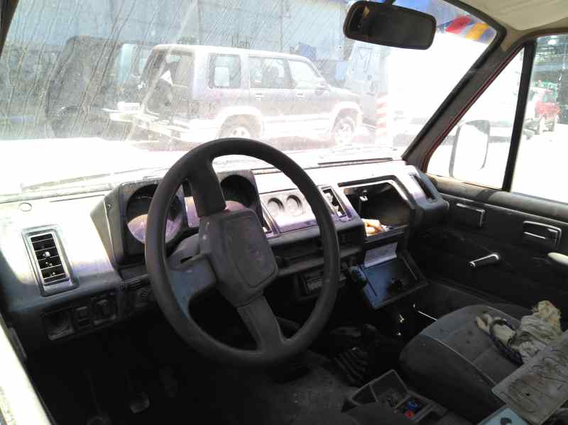 ISUZU TROOPER `1988 UBS 55