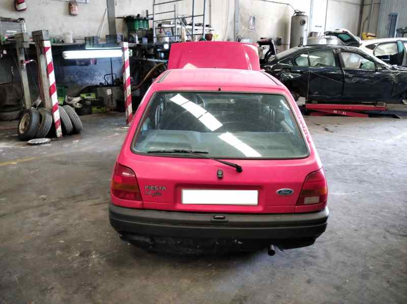 FORD FIESTA BERL./COURIER `1988 Si